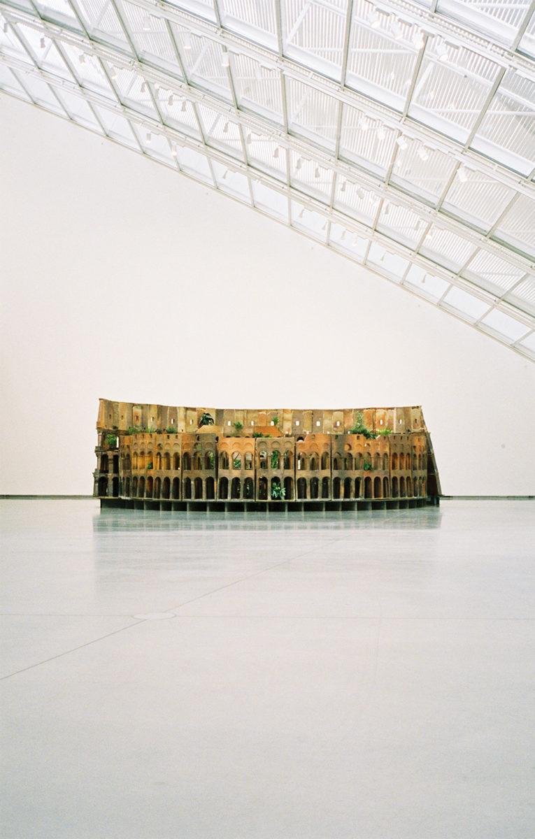 Huang Yong Ping: Collosseum (2007)