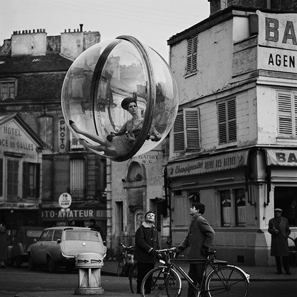 Paris-1963-Bubble-fashion-Series-7